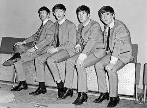 Beatles In Chelsea Boots 16f0f746 62fb 4827 B1c0 17d26741daac Grande